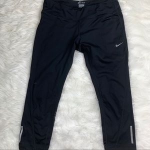 Nike Dri-Fit Solid Black Active Capri Pants